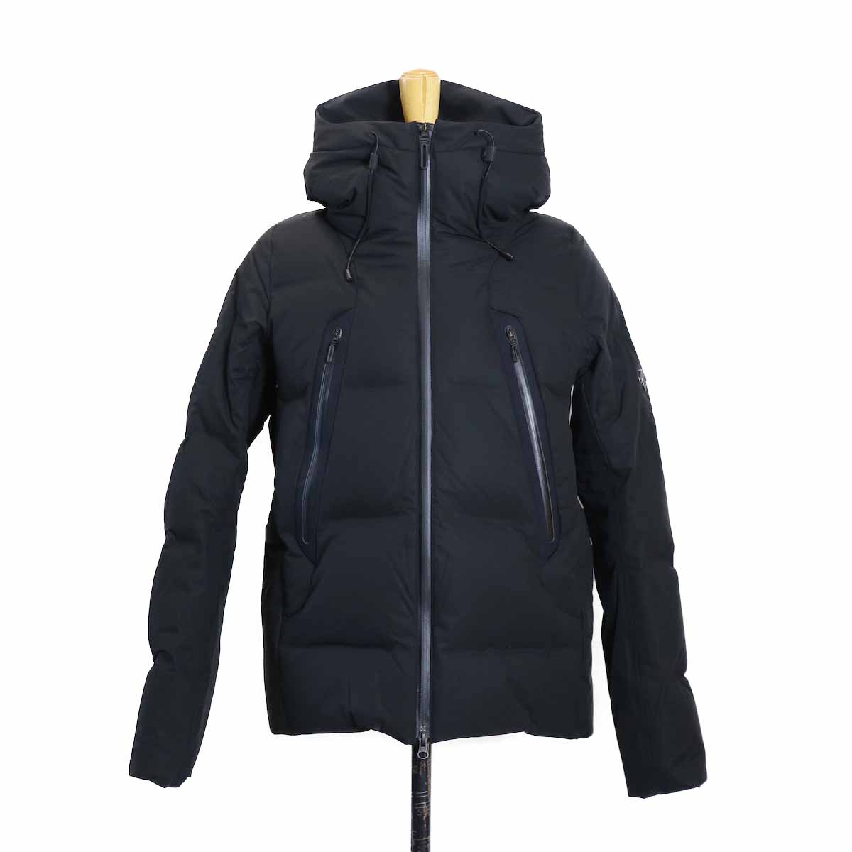 "DESCENTE ALLTERAIN / MIZUSAWA DOWN ""MOUNTAINEER"" -BLACK"