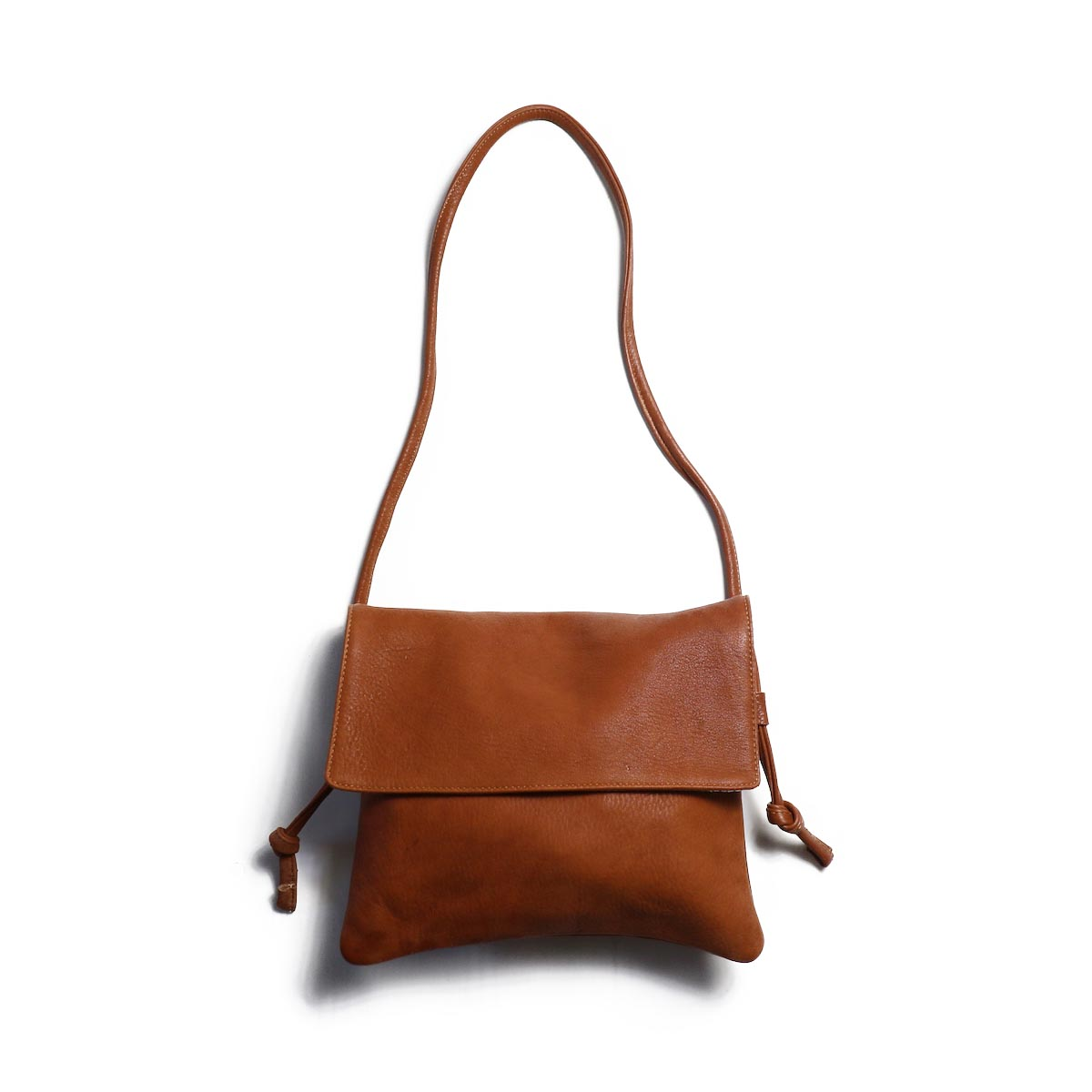 MYTHINKS / SHOULDER WITH FLAP -RED WOOD