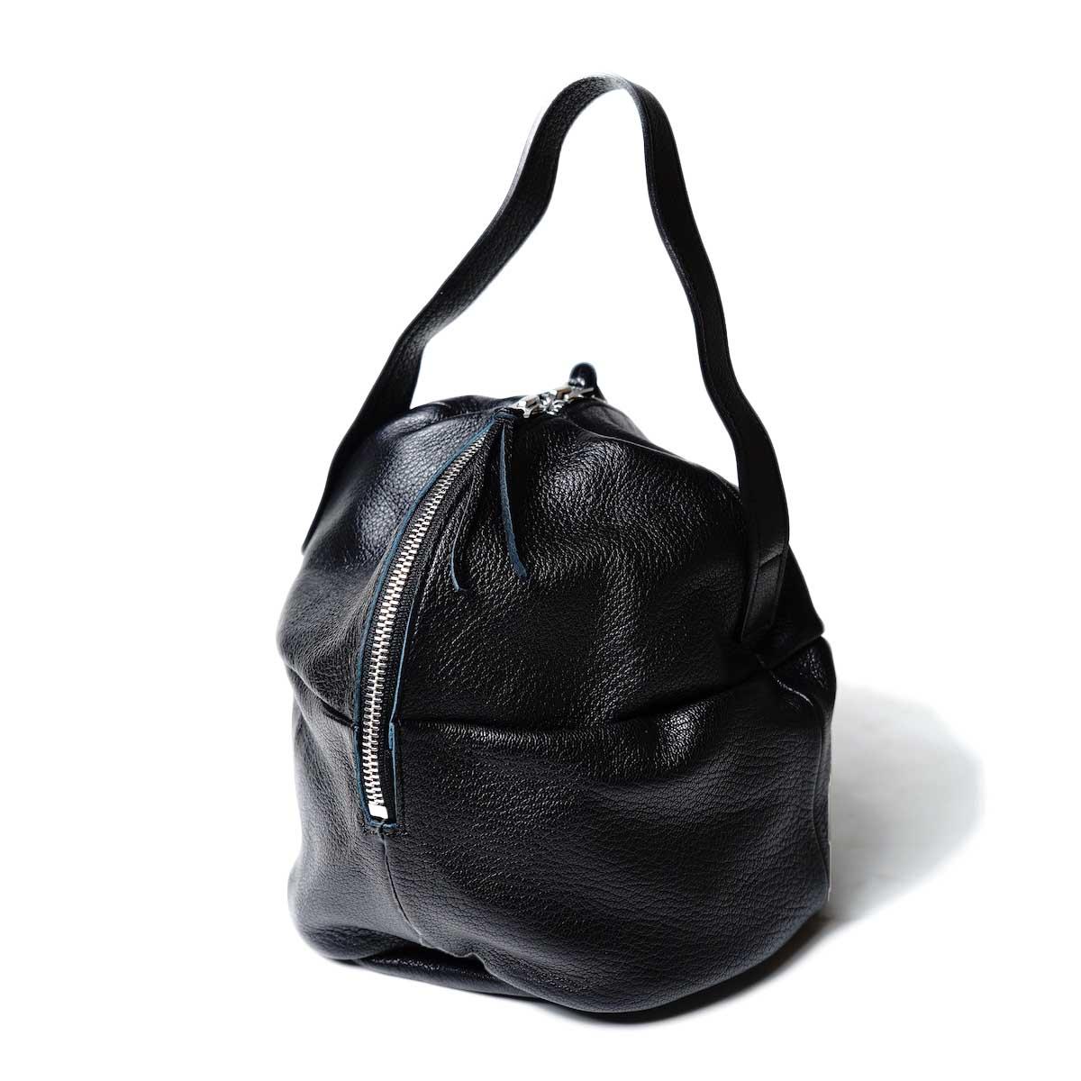MYTHINKS / MY MINI DUFFLE BAG GOAT -Medium- (Black)