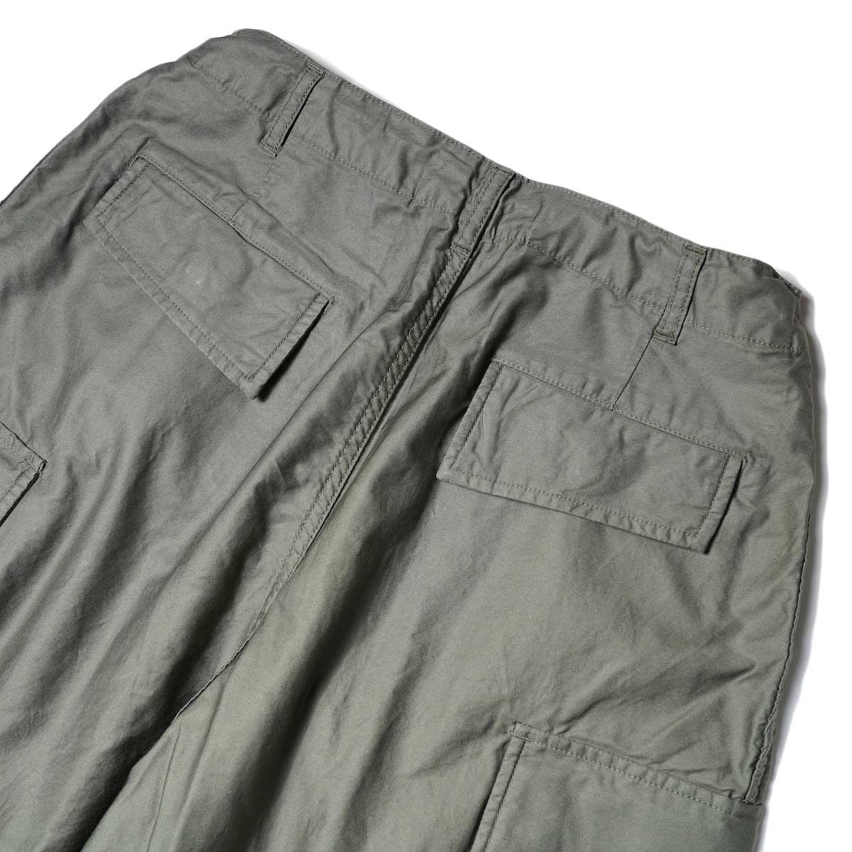 Needles / H.D. PANT-BDU (Olive) 背面ポケット
