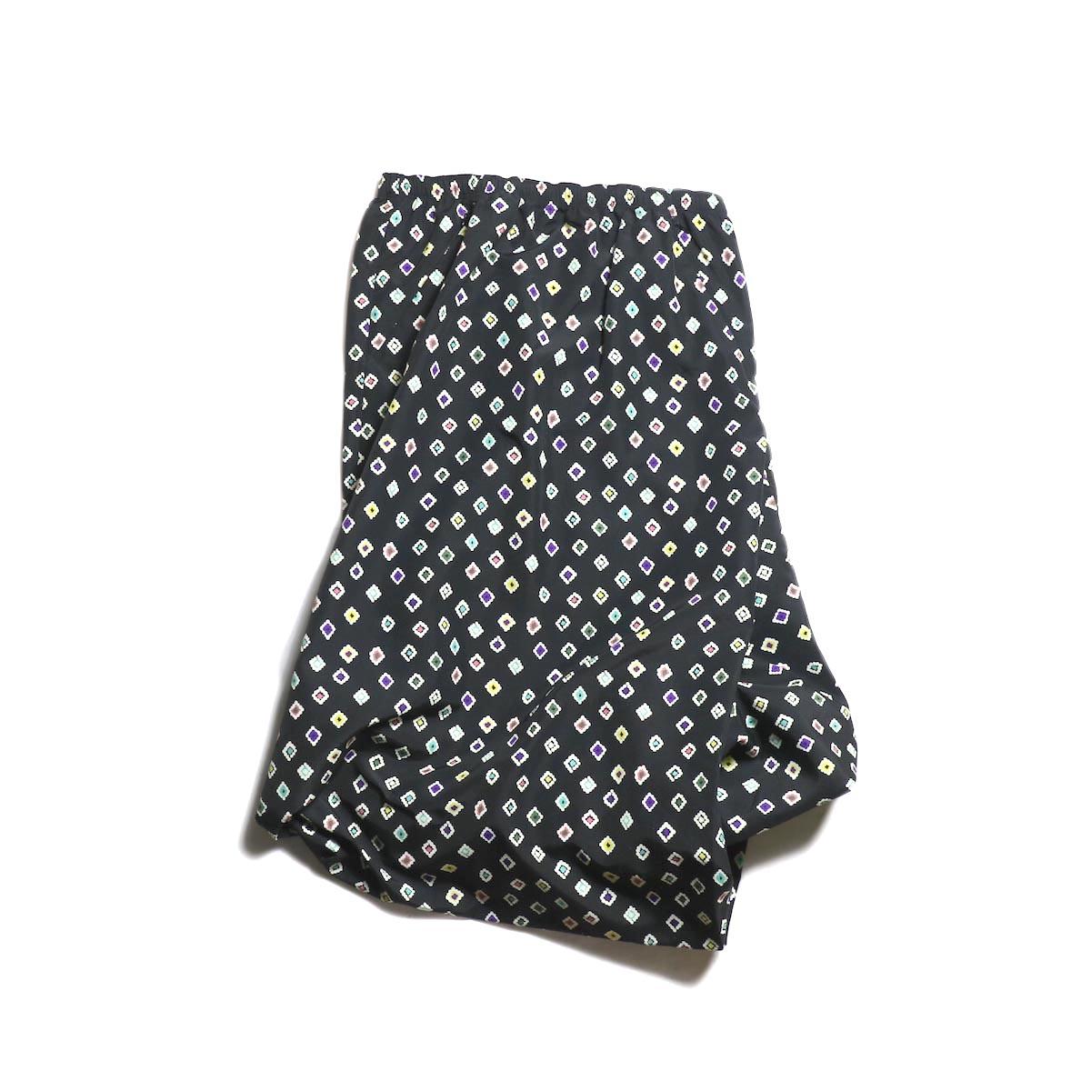 Needles(Ladie's) / Conti Skirt -Nylon Tussore/Print (Black)