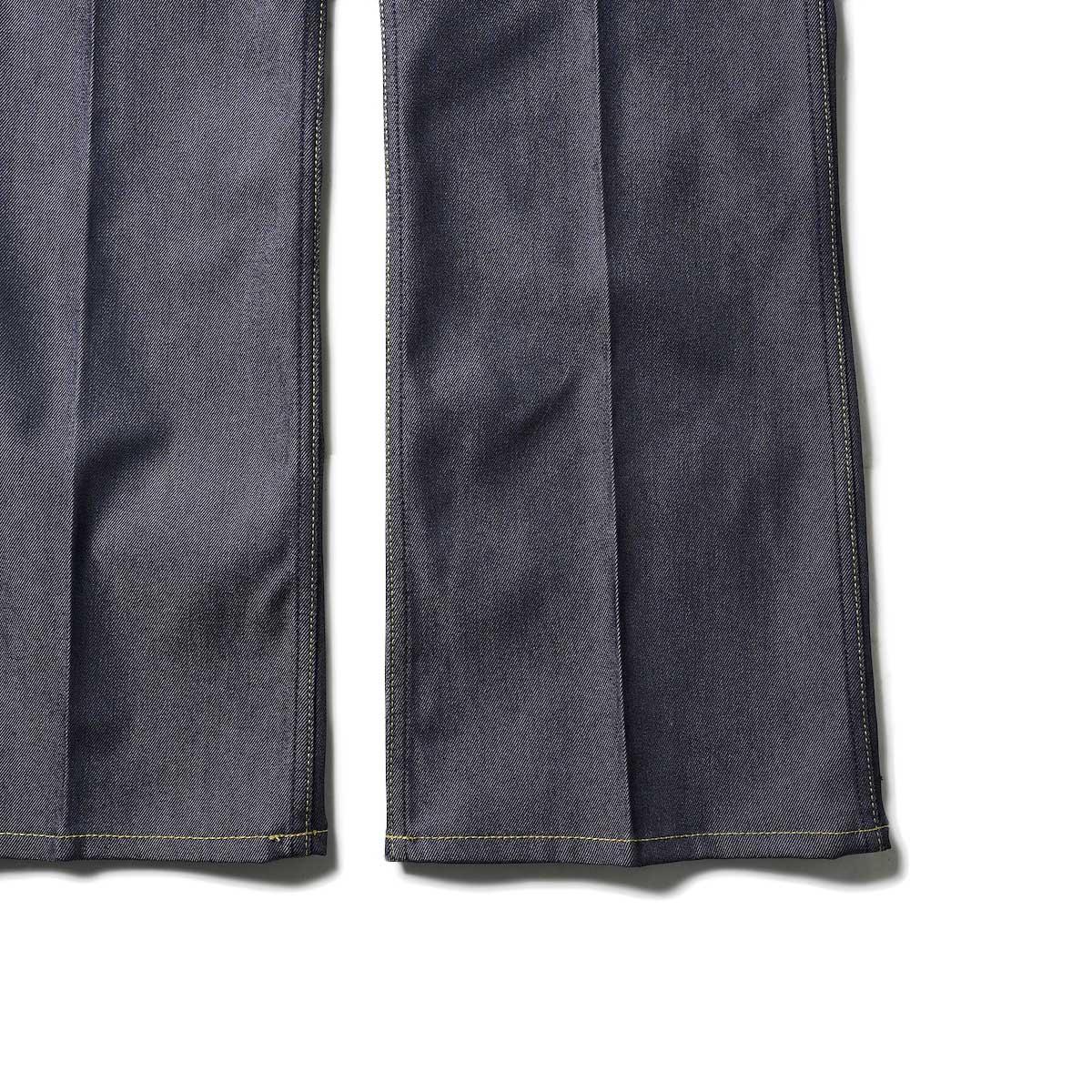 Needles / BOOT-CUT JEAN - 10.5OZ POLY TWILL (Navy)裾