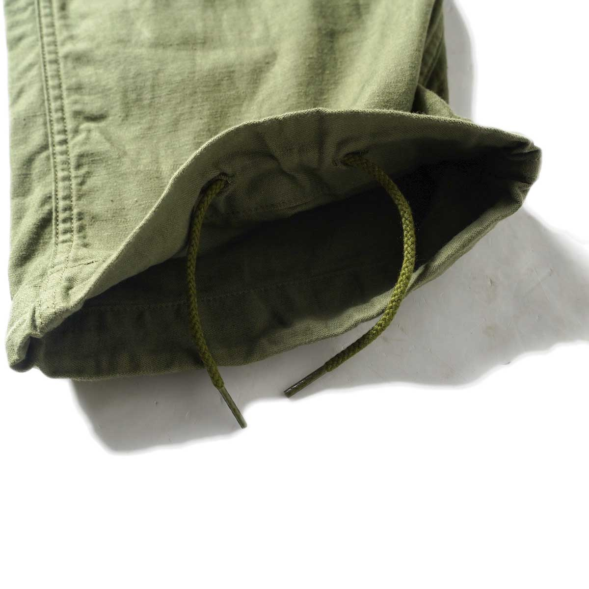 Needles / STRING FATIGUE PANT - BACK SATEEN (Olive)裾内側