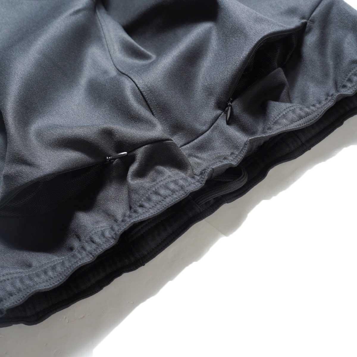 Needles / W.U. BOOT-CUT PANT - PE/R DOESKIN (Black)ヒップポケット2