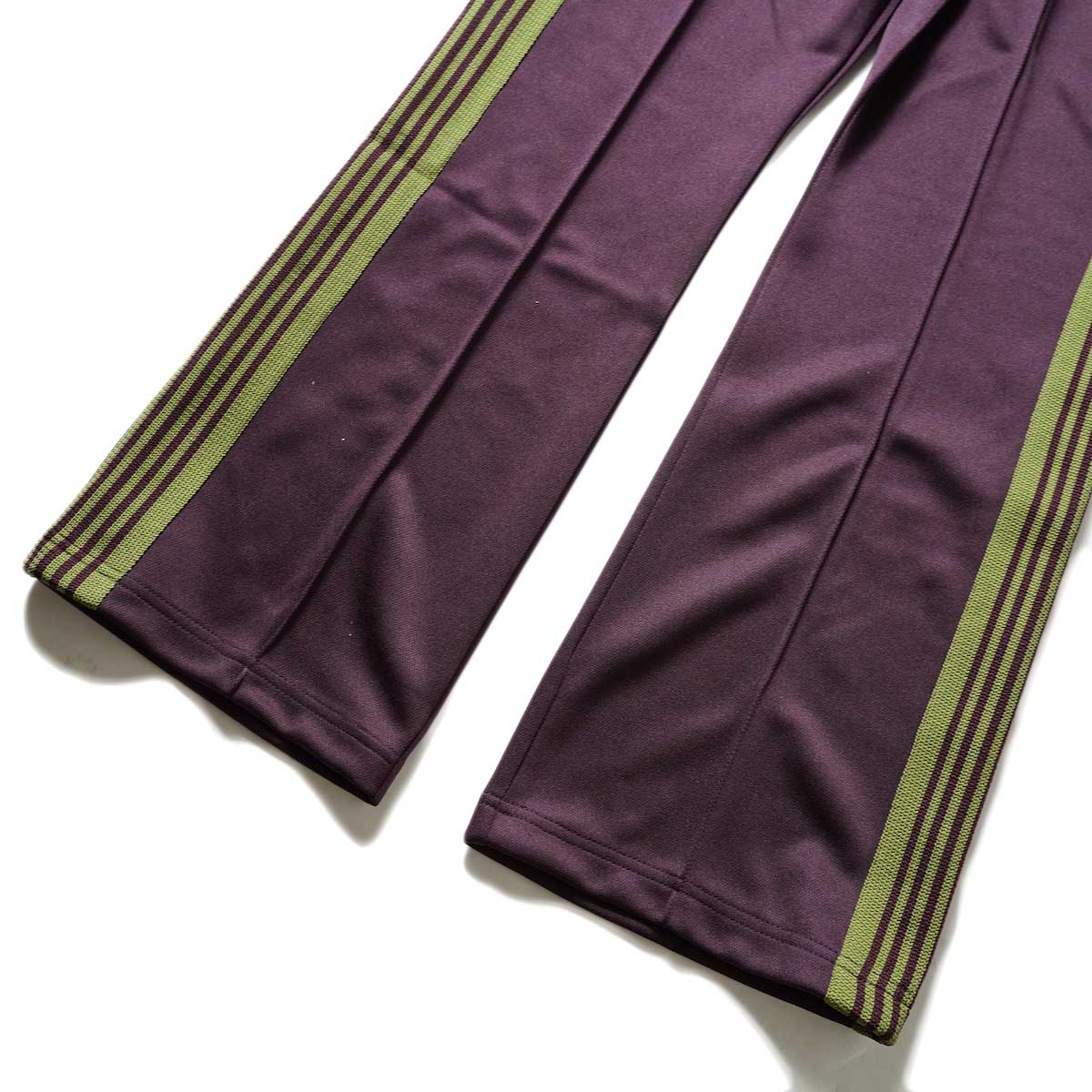 Needles / Boot-Cut Track Pant -Poly Smooth (Maroon)裾