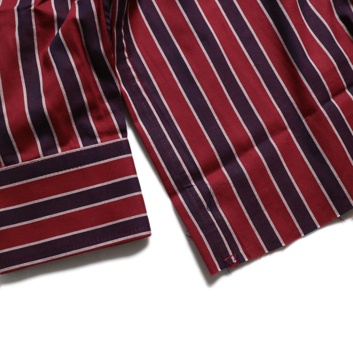 Needles / Cut-Off Bottom Regular Collar Shirt -Cotton Twill Stripe (Red) 裾