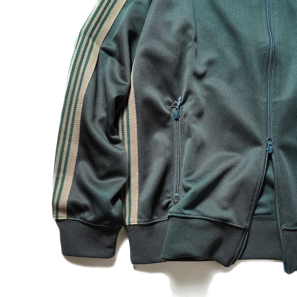 Needles / Track Jacket -Poly Smooth (Dk.Green)袖、裾