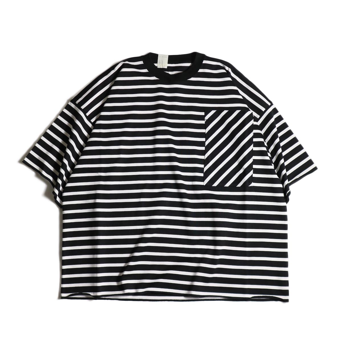 N.HOOLYWOOD / 1202-CS13-033 Big Tee (Black Border)正面