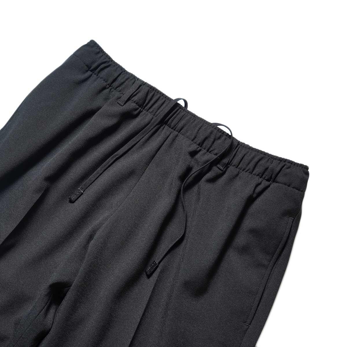 N.HOOLYWOOD / 2212-CP07-008 peg Tapered Easy Pants (Blackウエスト