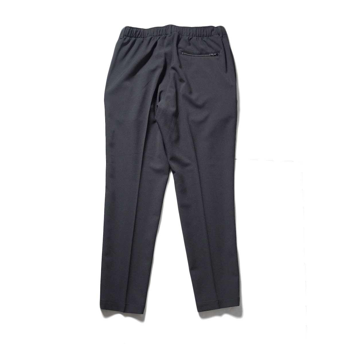 N.HOOLYWOOD / 2212-CP07-008 peg Tapered Easy Pants (Black)背面