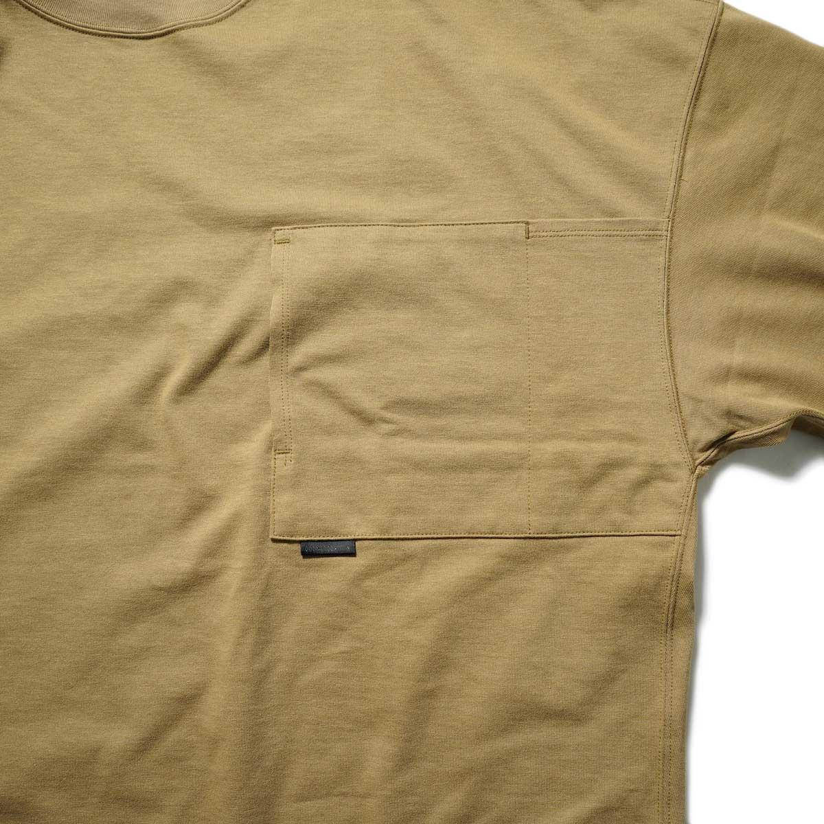 N.HOOLYWOOD / 2212-CS07-018 BIG T-Shirt (Beige)ポケット