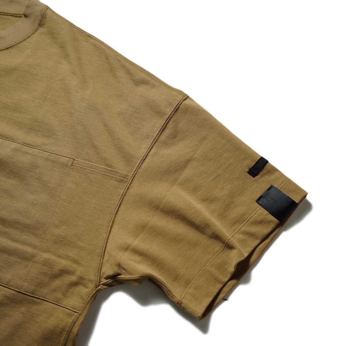 N.HOOLYWOOD / 2212-CS07-018 BIG T-Shirt (Beige)左袖