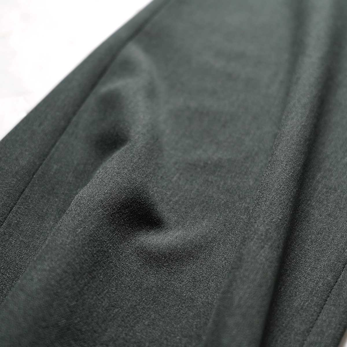 N.HOOLYWOOD / 2212-PT21-008 Flair Slacks (Charcoal)生地感