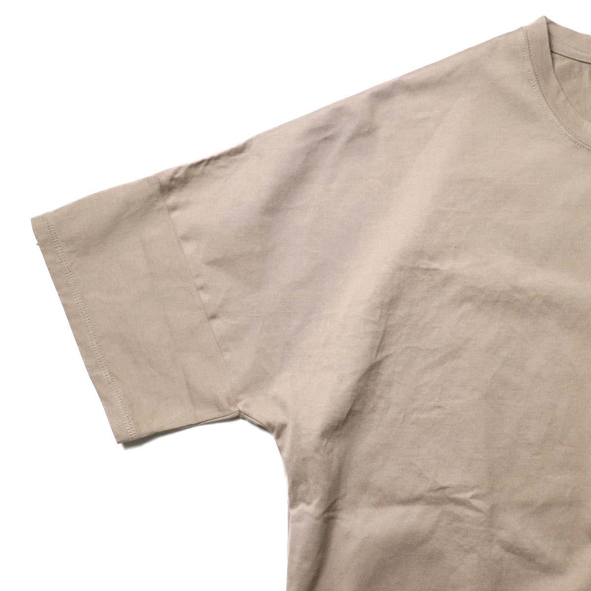 nonnative / CLERK S/S TEE COTTON JERSEY (Mole)袖