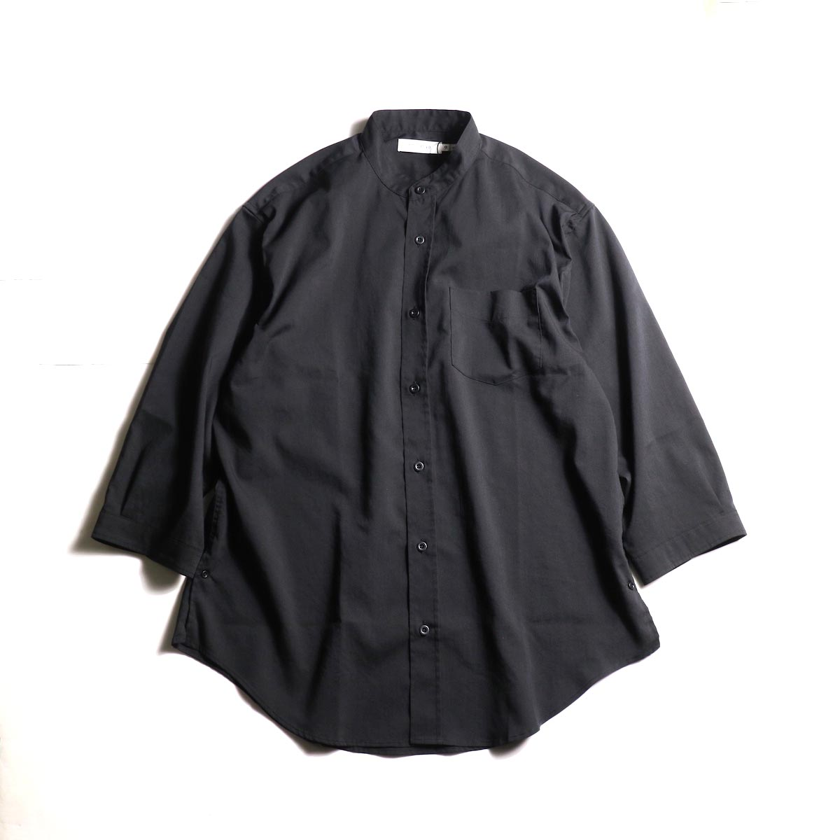 nonnative / OFFICER SHIRT Q/S RELAXED FIT P/L WEATHER STRETCH COOLMAX® (Black)正面
