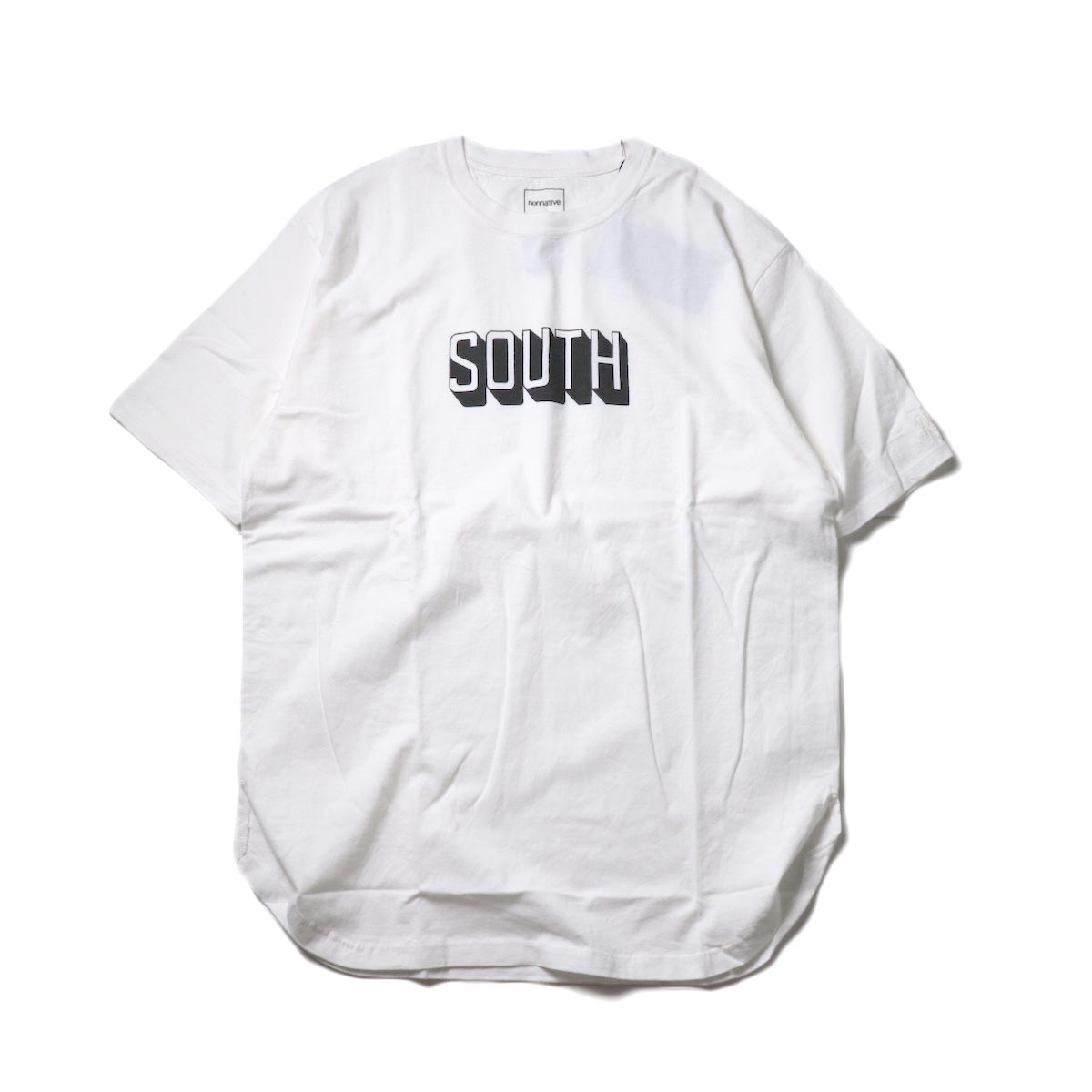 nonnative / DWELLER S/S TEE 'SOUTH' by LORD ECHO (White)