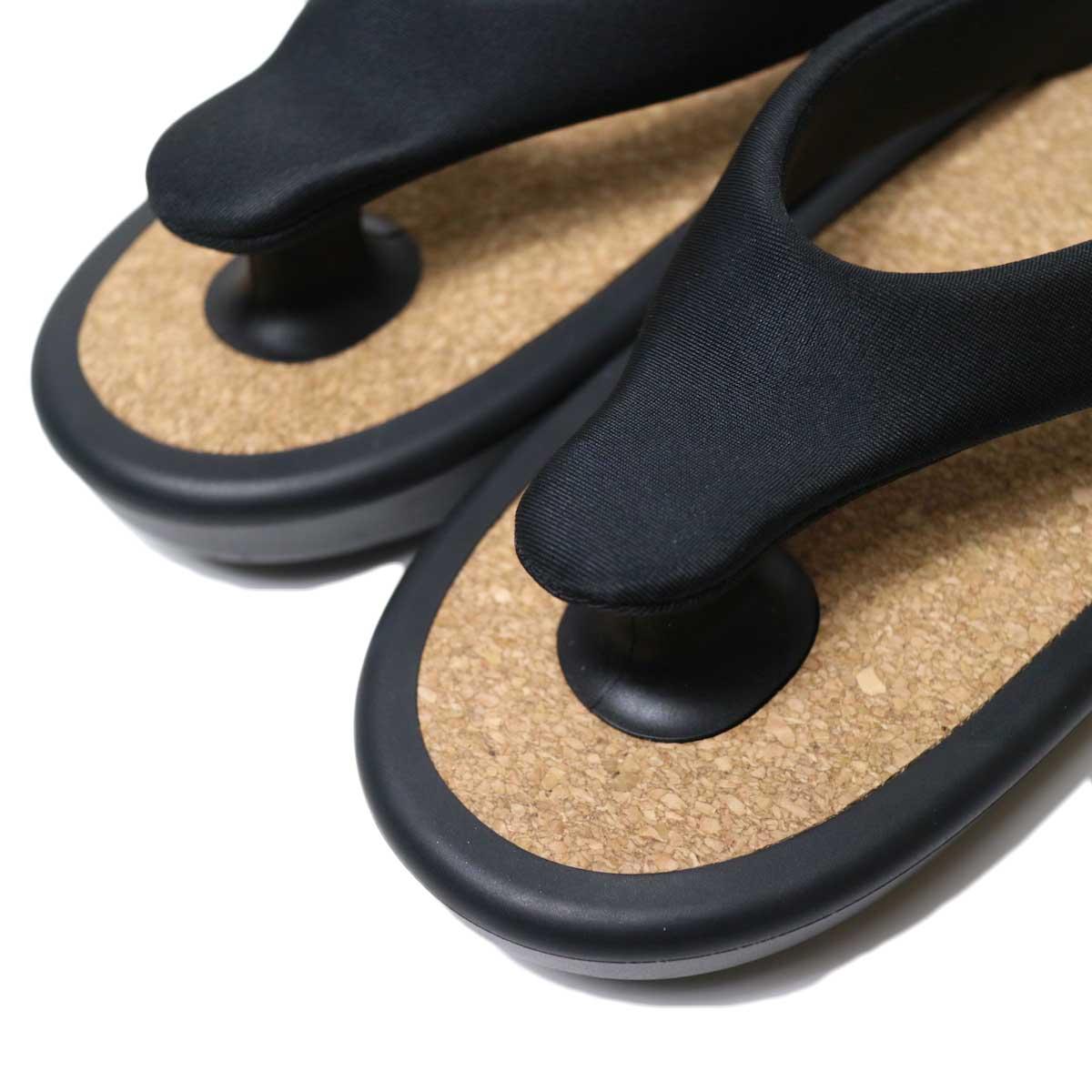 OJOJO /  Beach Sandal (Black Cork) 鼻緒アップ
