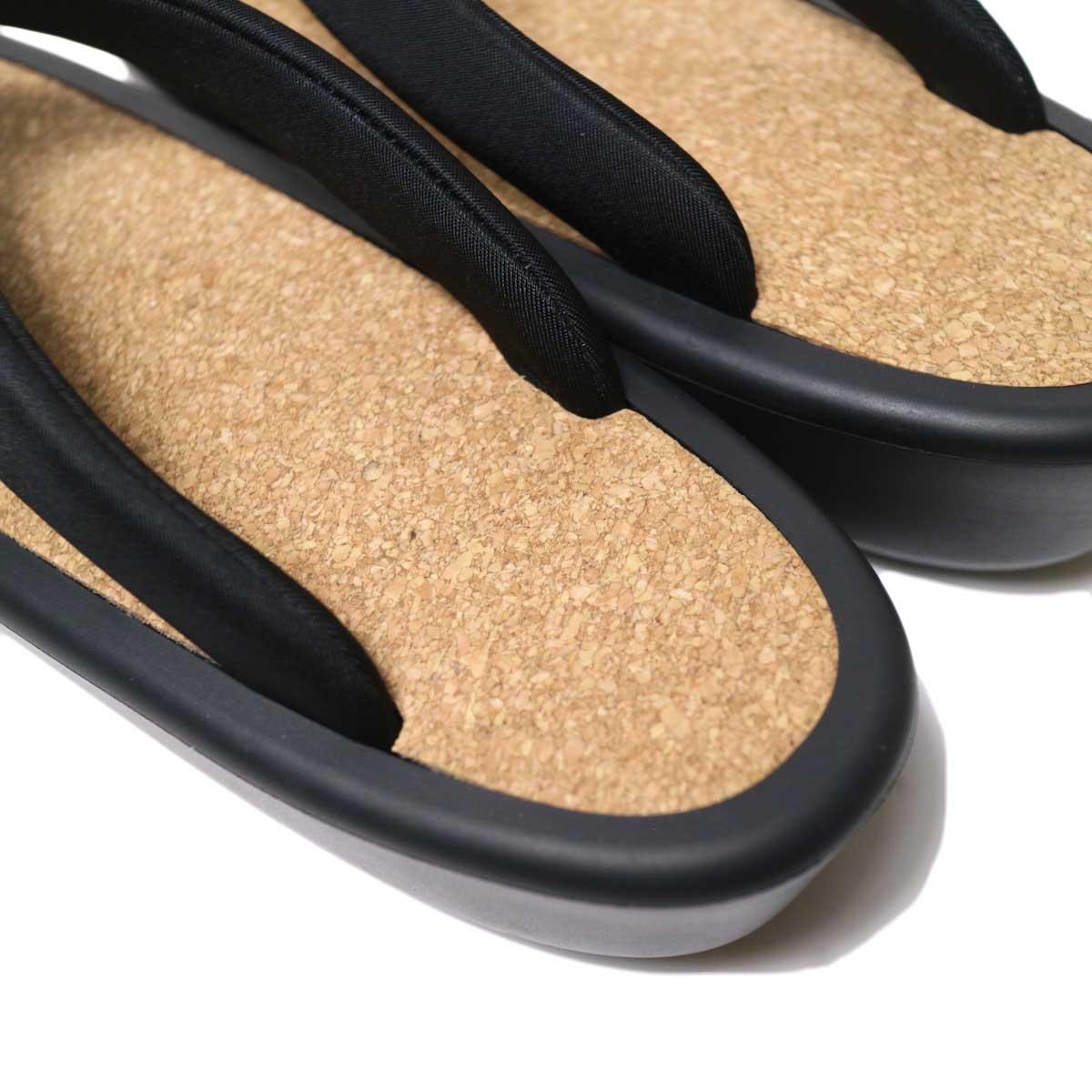 OJOJO /  Beach Sandal (Black Cork) かかと・コルク