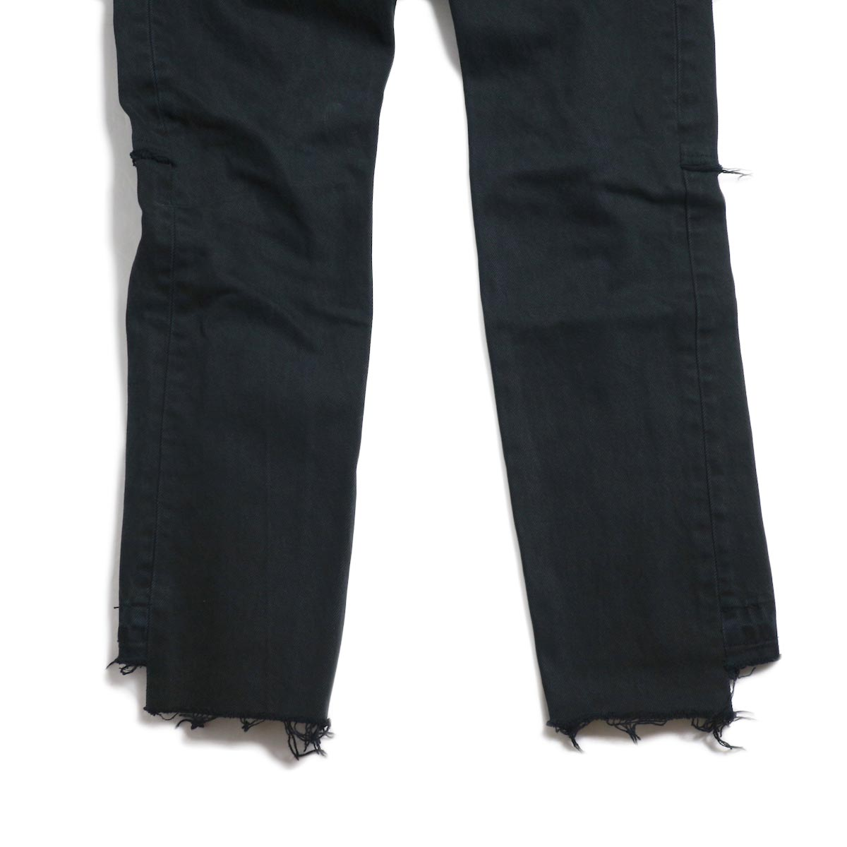 OLD PARK / Back Flare Jeans -Black Ssize (F) 裾前面