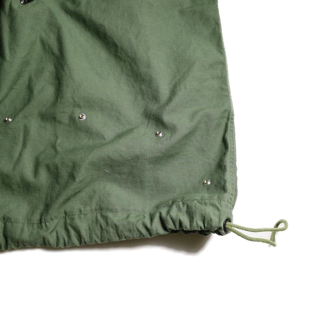 OLD PARK / LAUNDRY VEST BAG -Military 裾、スナップボタン