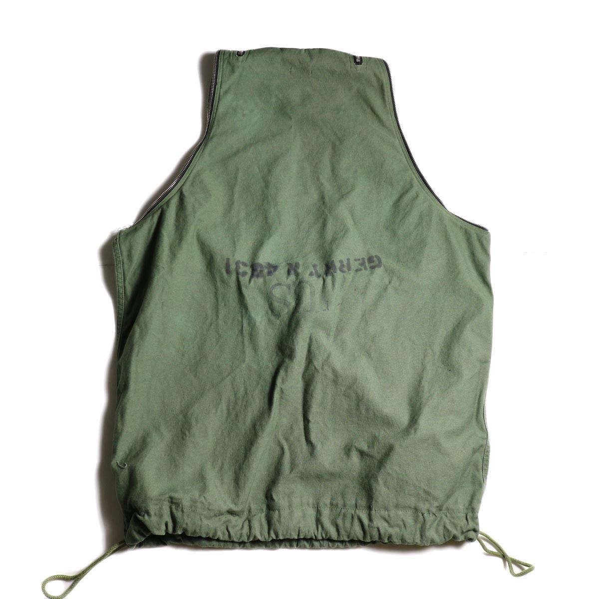 OLD PARK / LAUNDRY VEST BAG -Military 背面
