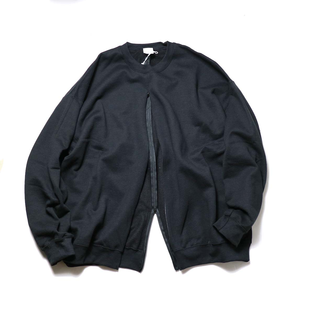 PRE_ / F&B OPEN SWEAT (Black)正面