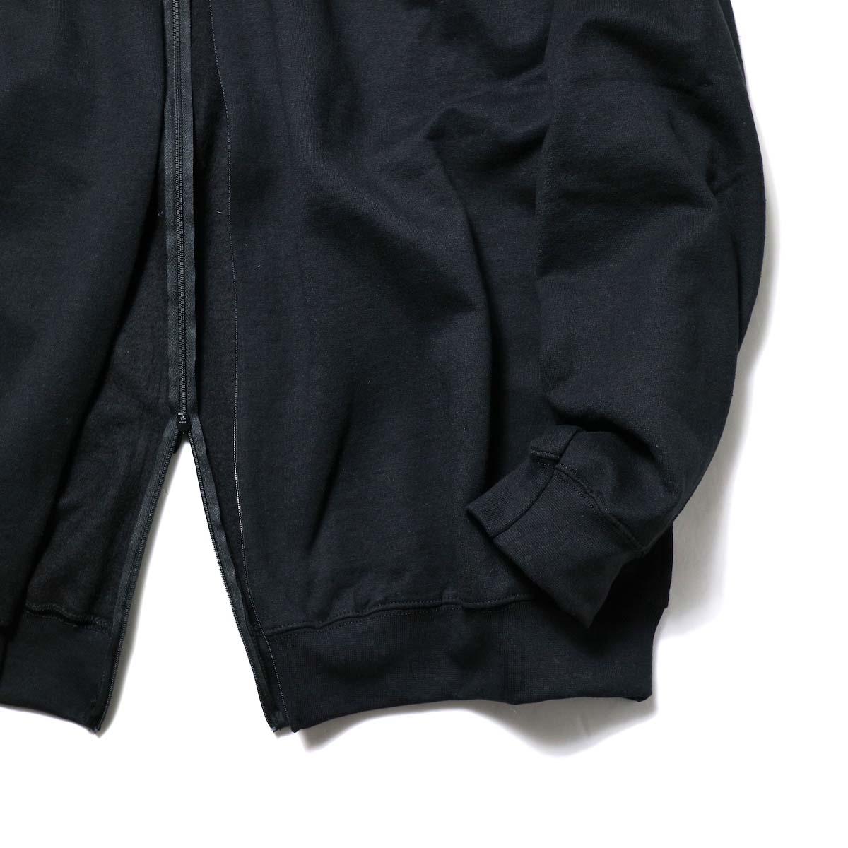 PRE_ / F&B OPEN SWEAT (Black)裾、袖