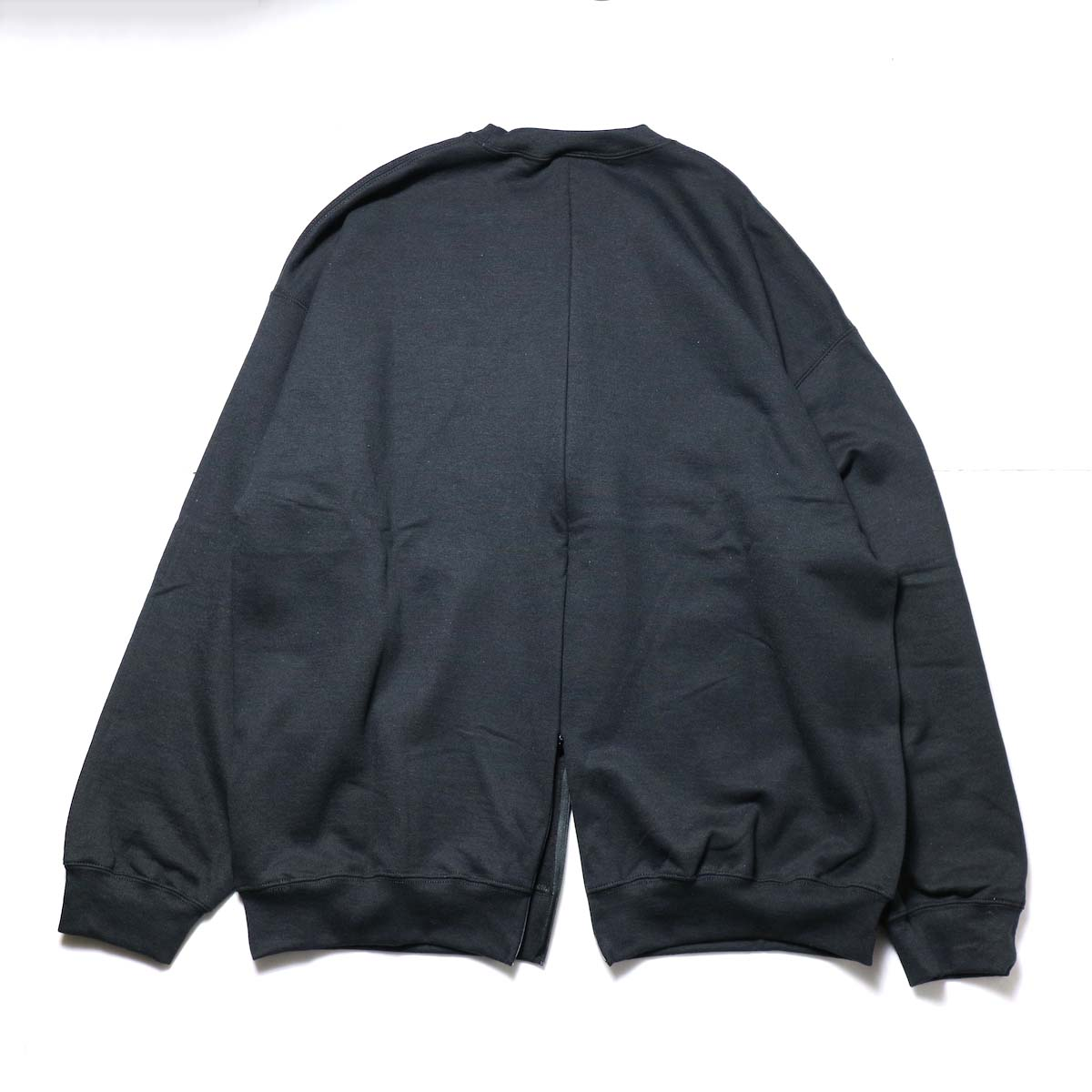 PRE_ / F&B OPEN SWEAT (Black) 背面