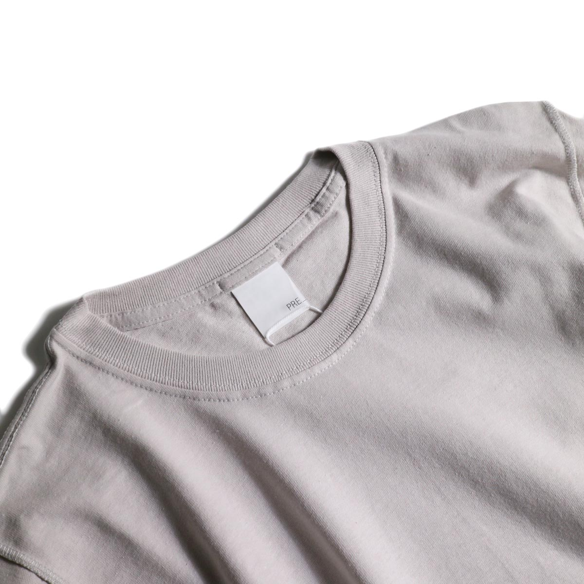 PRE_ / INSIDE OUT WIDE SLEEVE T (Ice Gray)襟