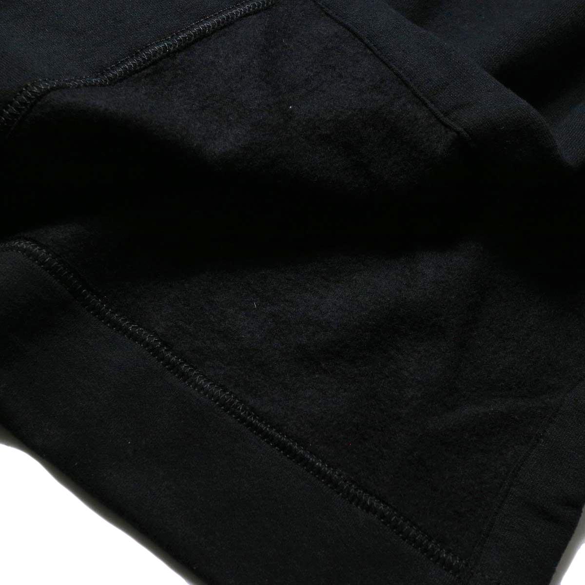 PRE_ / MOCK NECK SHORT (black) 裏地