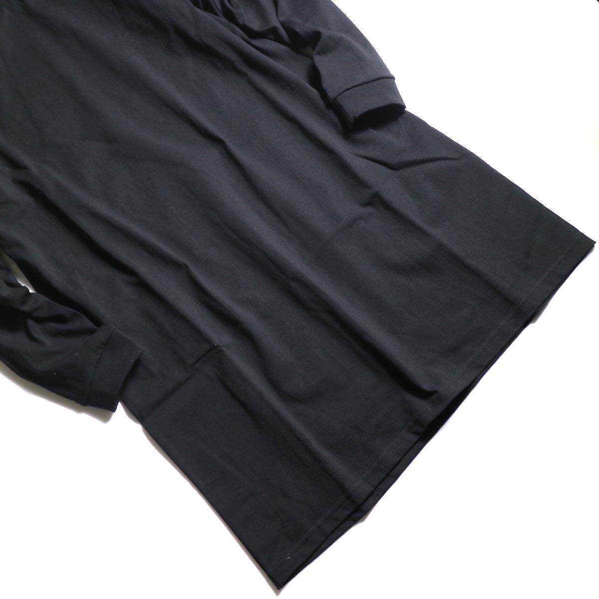 PRE_ / SIDE TUCK LS T TALL (Black)裾