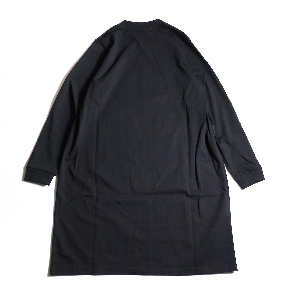PRE_ / SIDE TUCK LS T TALL (Black)背面