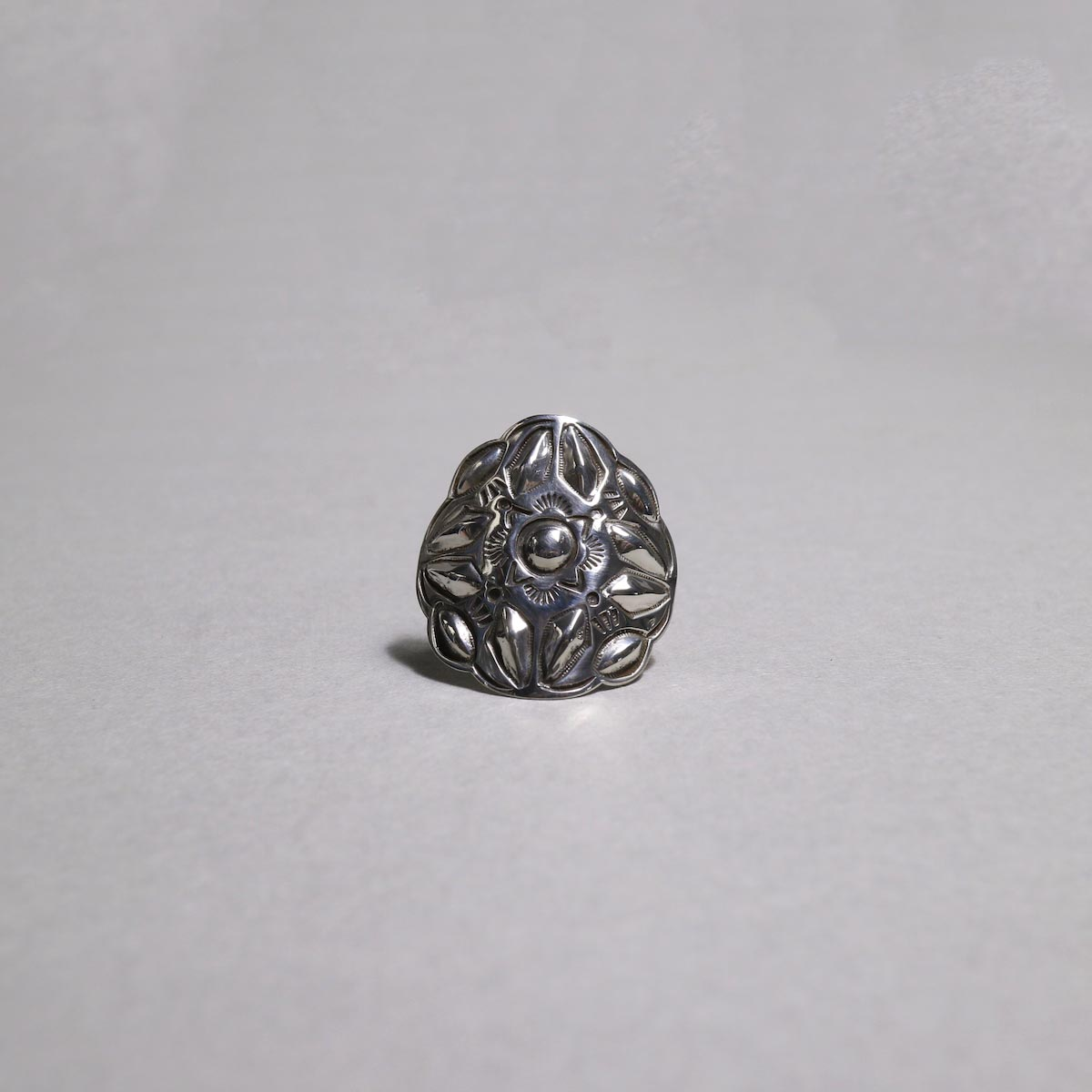 RAY ADAKAI / Concho Ring (C)