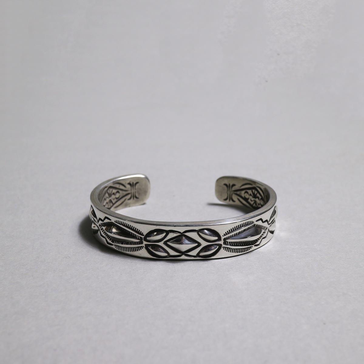 RAY ADAKAI / Double Stamp Bracelet (B)