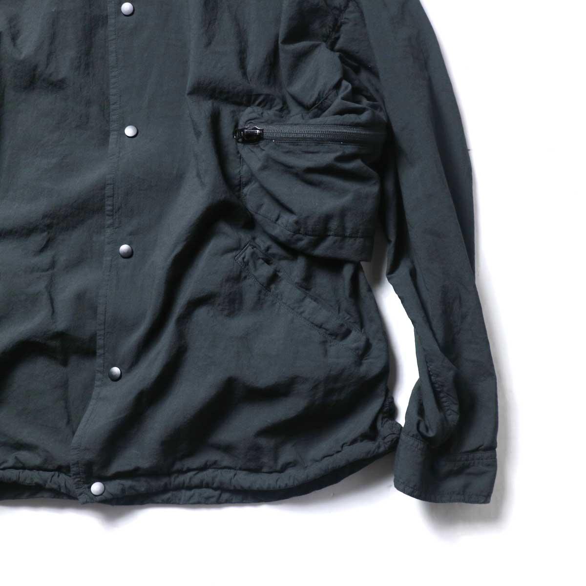 REMI RELIEF / ナチュラルコットンポケッタブルノーカラーSH (Black)ポケット
