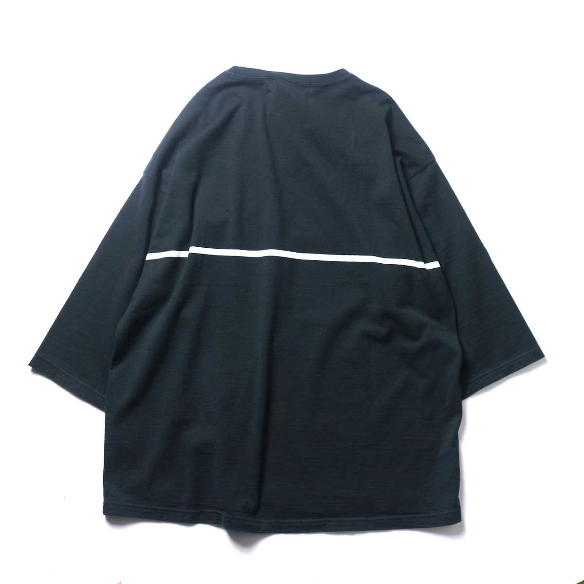 REMI RELIEF / 24Gパネル胸ボーダー七分袖 (Black)背面