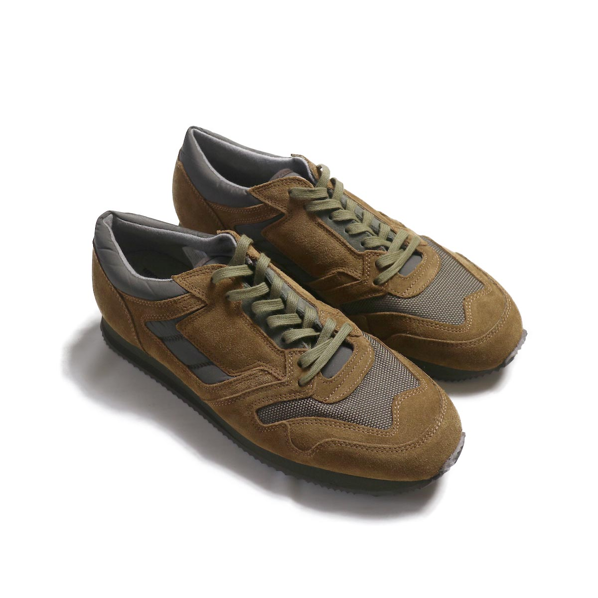 REPRODUCTION OF FOUND / BRITISH MILITARY TRAINER -Tabacco/Olive