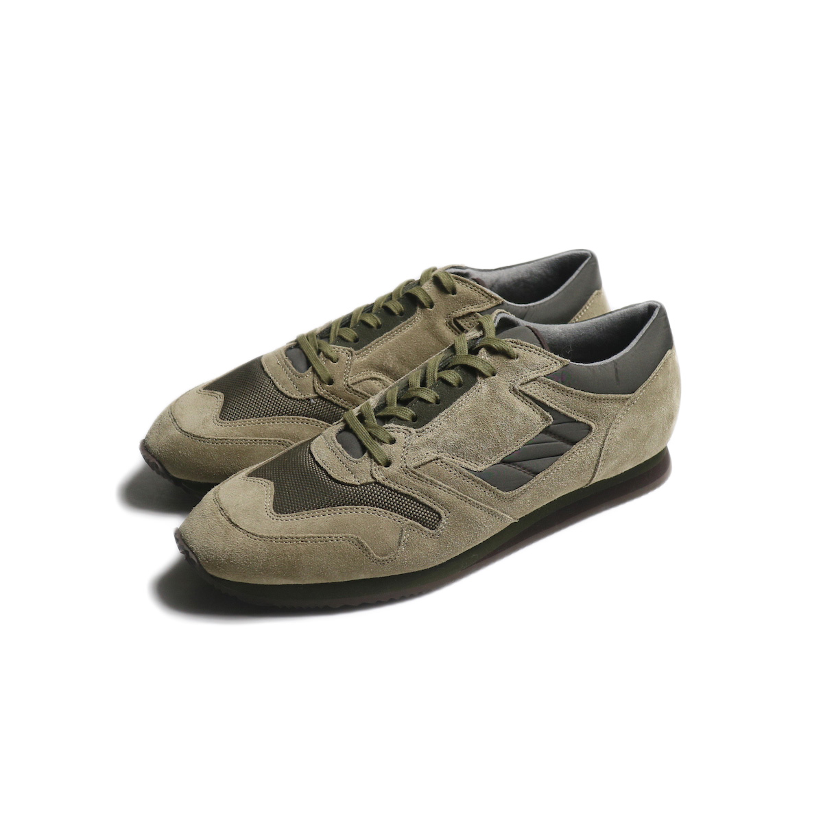 REPRODUCTION OF FOUND / BRITISH MILITARY TRAINER (beige/Olive)
