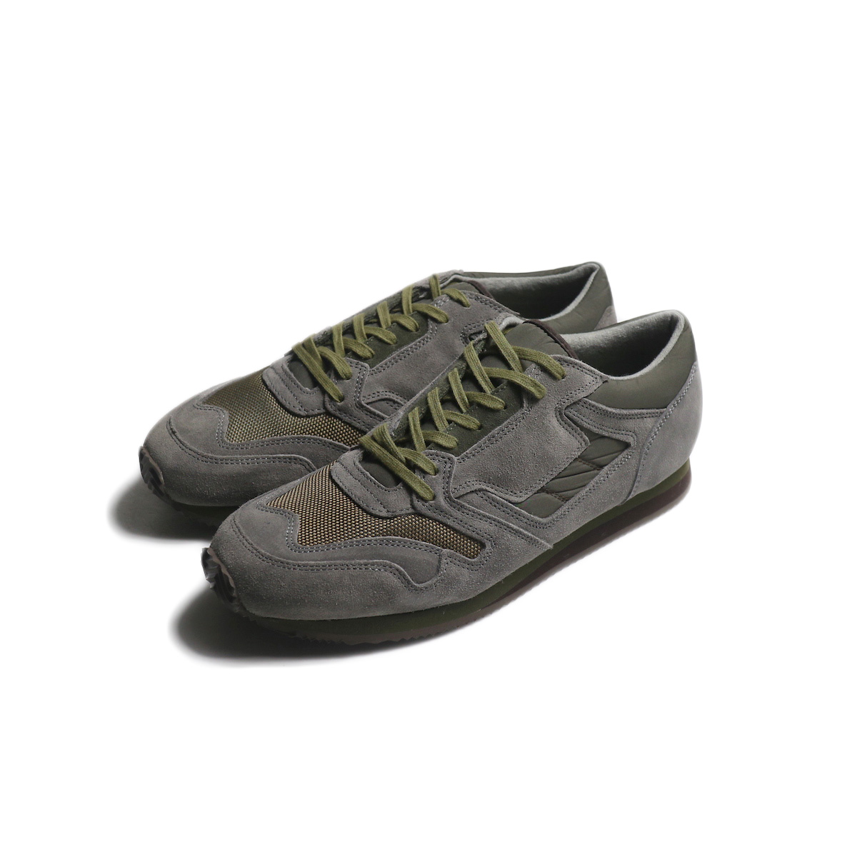 REPRODUCTION OF FOUND / BRITISH MILITARY TRAINER (Gray/Olive)