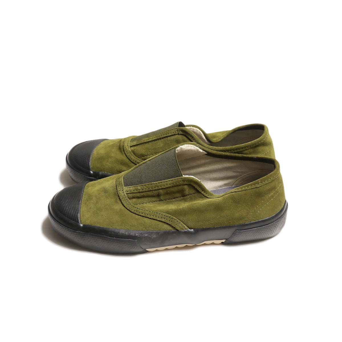 REPRODUCTION OF FOUND / ITALIAN MILITARY TRAINER (Olive Suede / Black Sole)側面