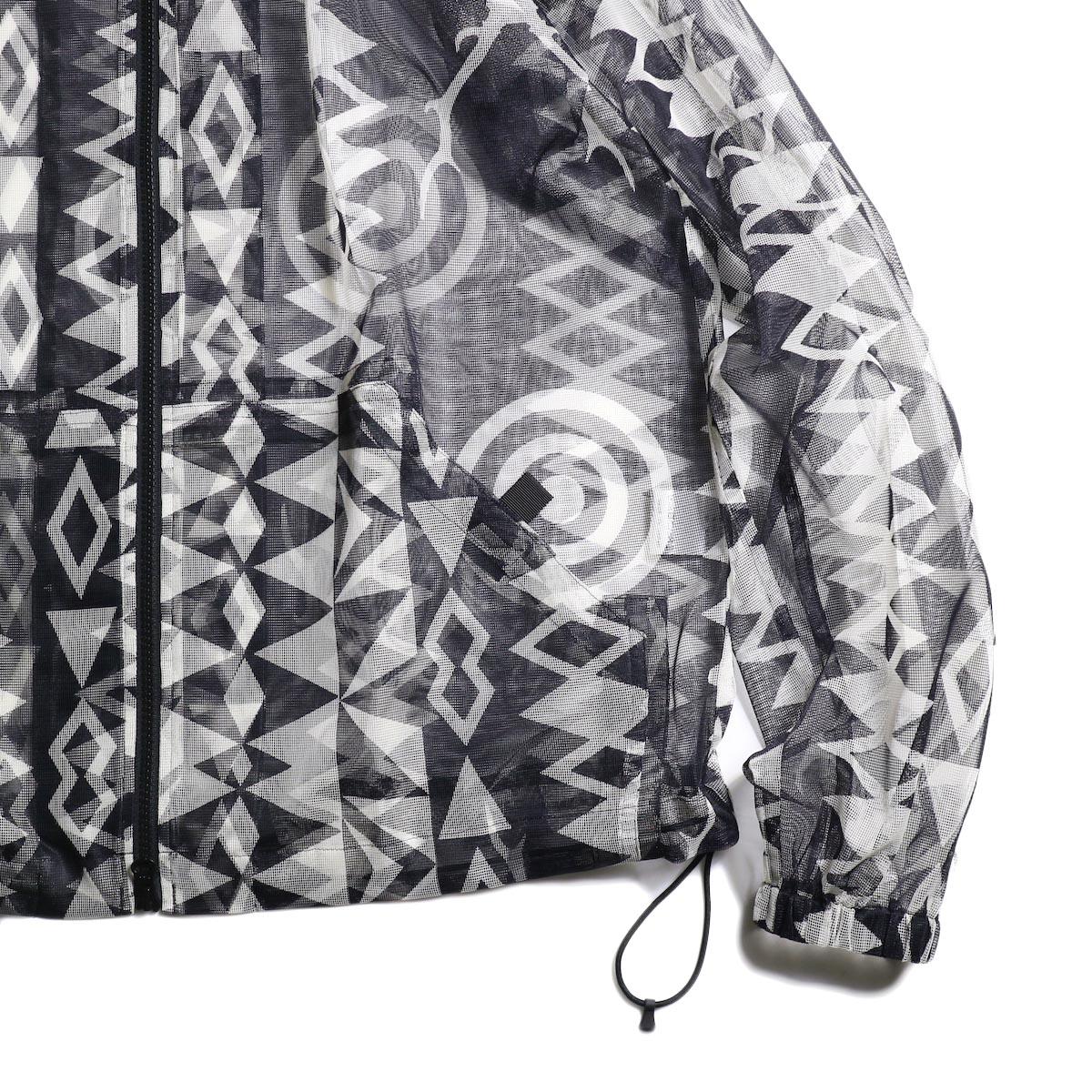 South2 West8 / Bush Parka - Poly Lightweight Mesh / Print (Skull&Target)袖、裾