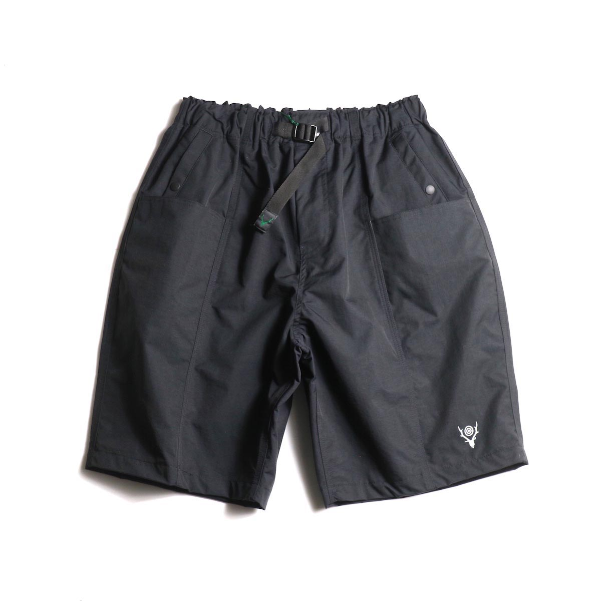 SOUTH2 WEST8 / Belted Center Seam Short -Nylon Tussore (Black) 正面