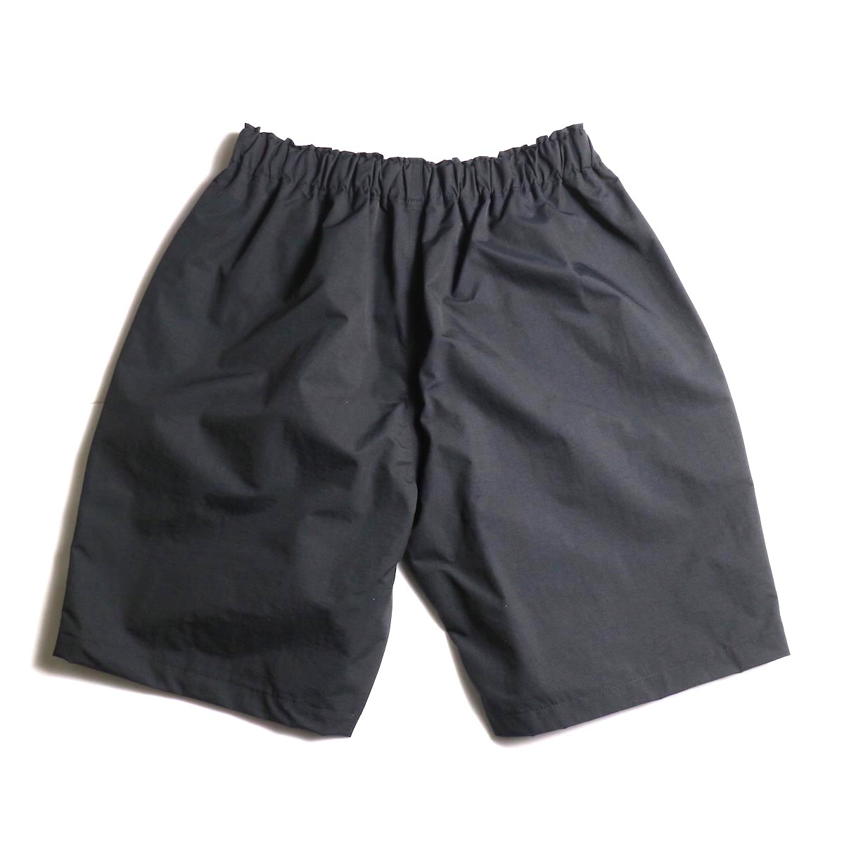 SOUTH2 WEST8 / Belted Center Seam Short -Nylon Tussore (Black) 背面