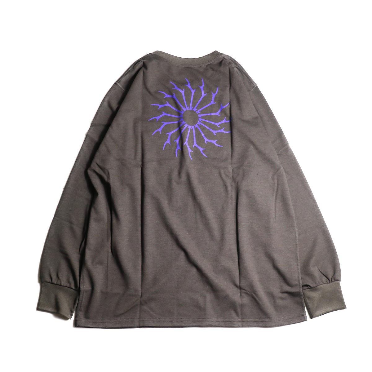 South2 West8 / L/S Round Pocket Tee -Circle Horn (Charcoal)