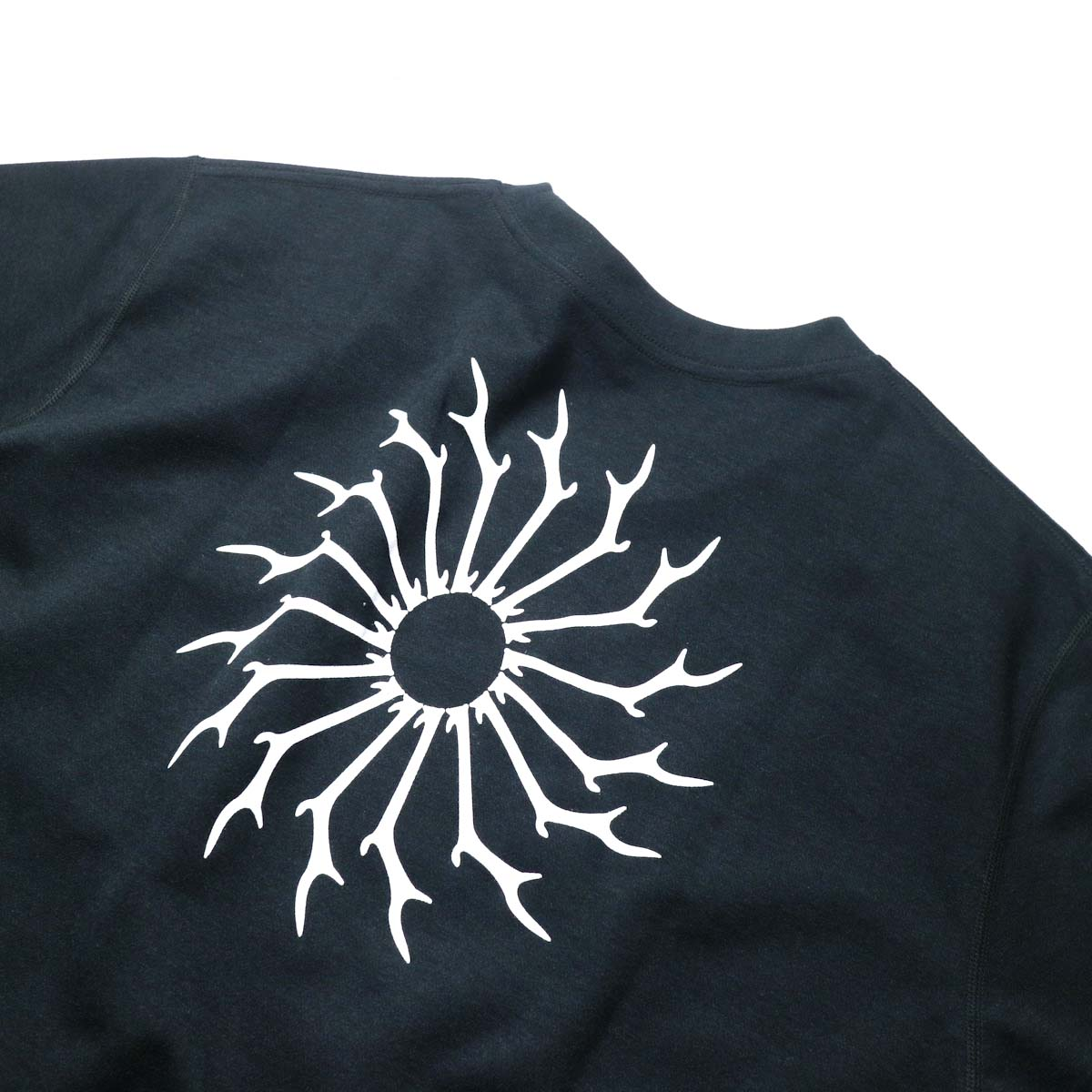 South2 West8 / S/S ROUND POCKET TEE - CIRCLE HORN (Black)プリント