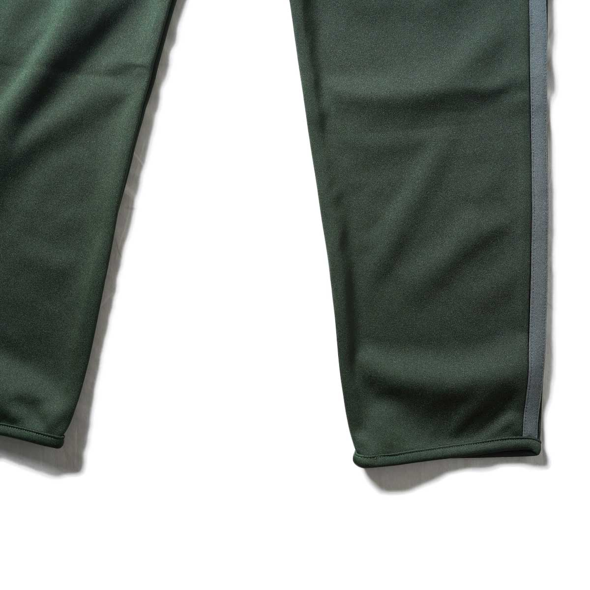 South2 West8 / Trainer Pants - Poly Smooth (Green)裾