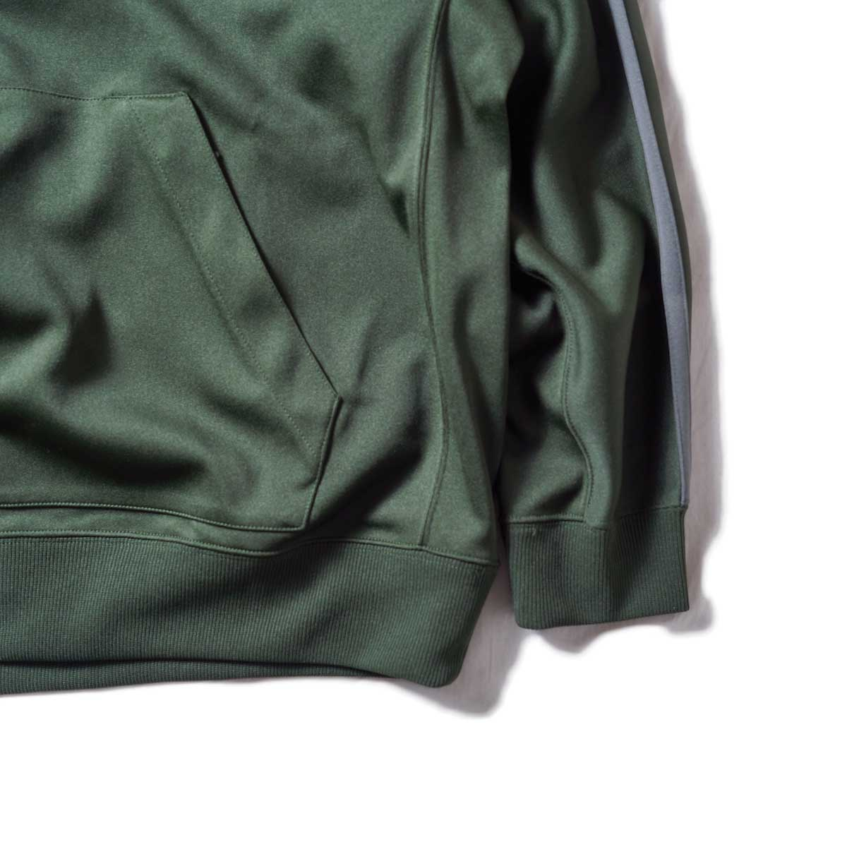 South2 West8 / Trainer Hoody - Poly Smooth (Green)袖、裾