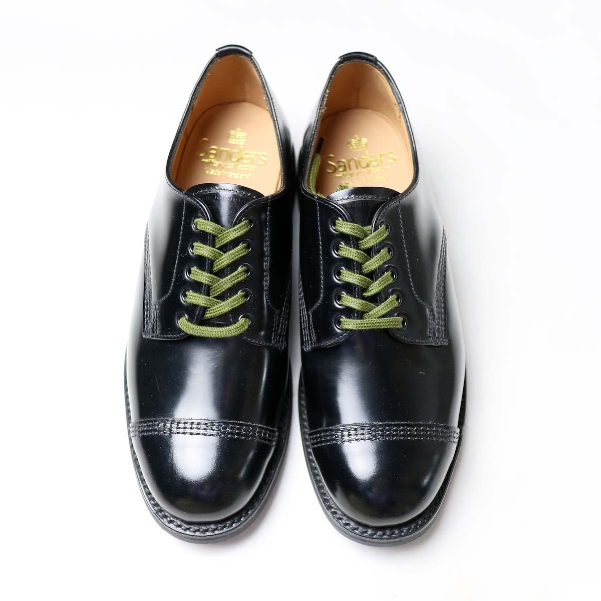 SANDERS / Military Derby Shoe 正面