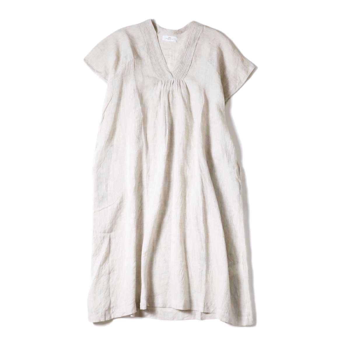 SOIL / V-NECK PINTUCK DREES (Beige)