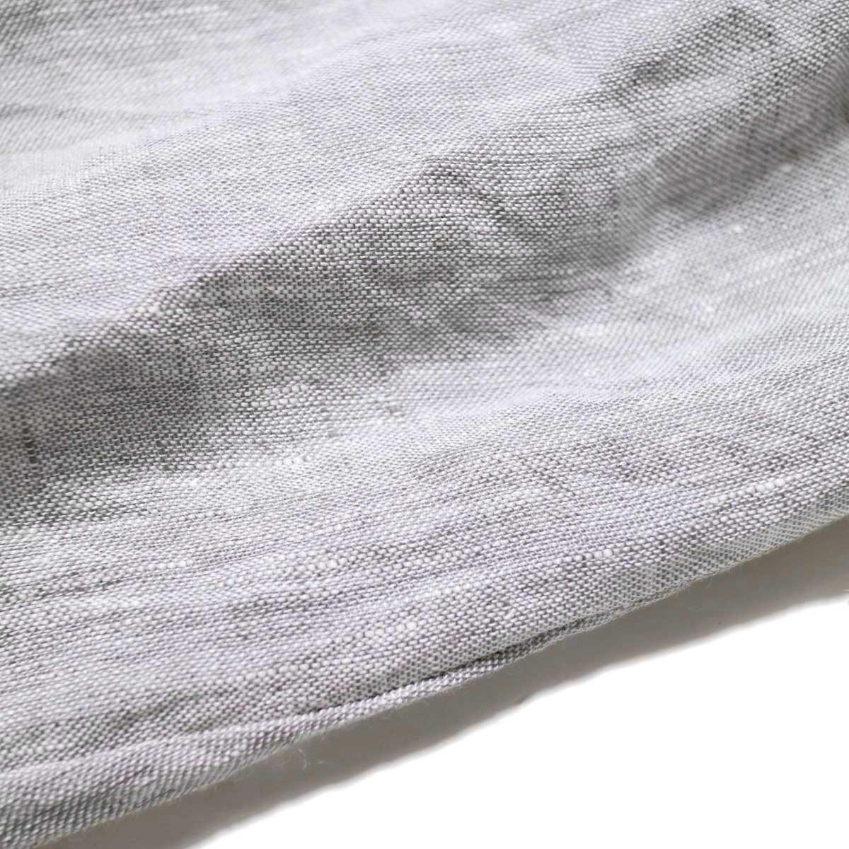SOIL / V-NECK PINTUCK DREES (Grey) 生地アップ
